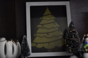 Lighted Christmas Tree - Silhouette Cameo Freebie